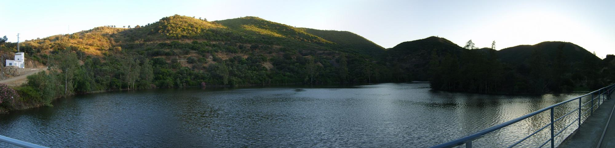 pano-embalse-guillena-1.jpg