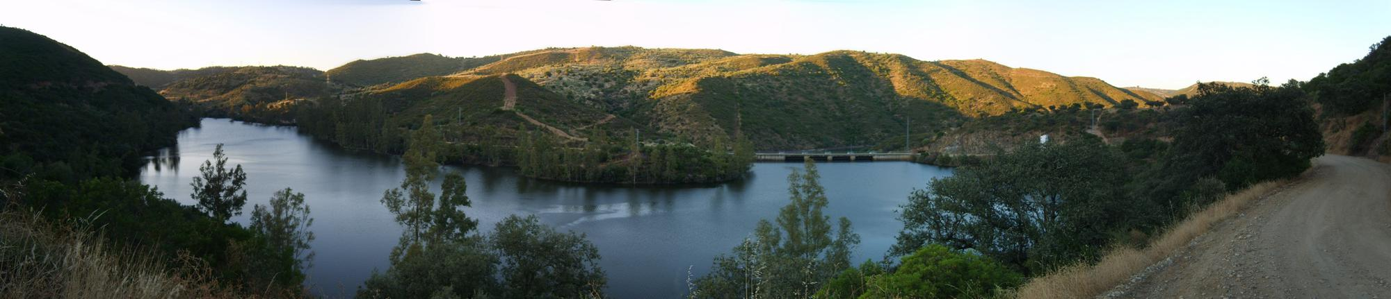 pano-embalse-guillena-2.jpg