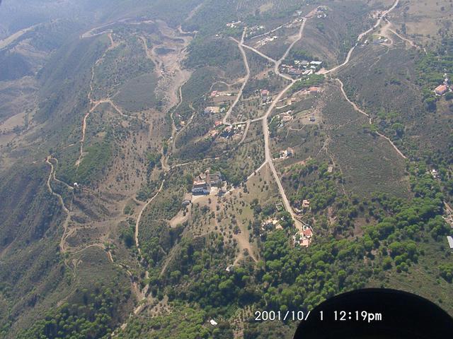 cantera-monasterio-caserio_valle2.jpg